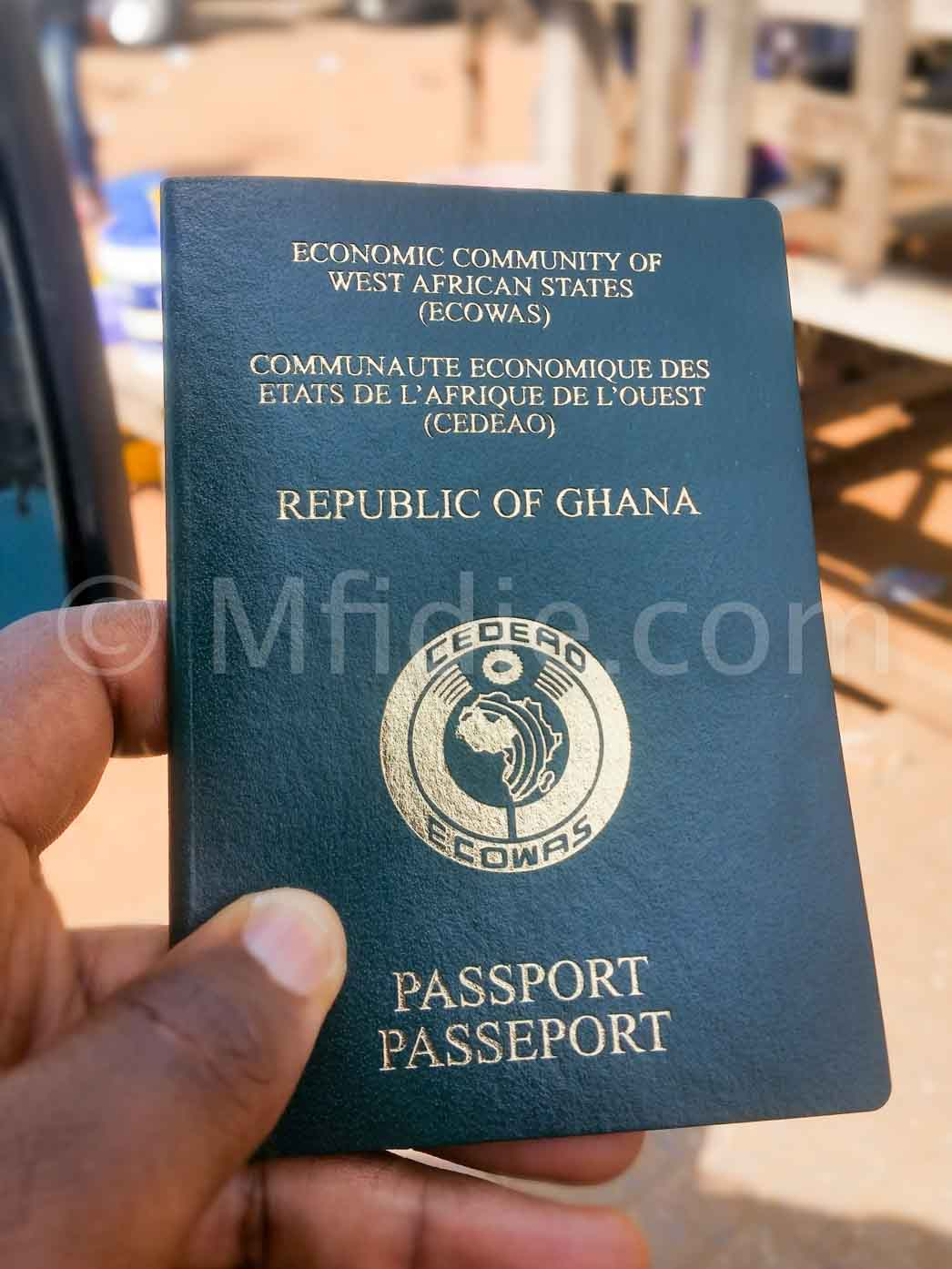 Biometric Ghanaian Passport Online: 4 things to know before applying
